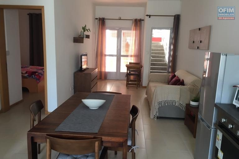 To rent apartment T3 with 100 meters of the beach of Pereybère.