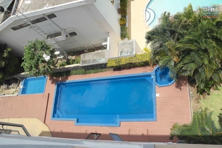 Flic en Flac for sale superb recent apartment in the heart of Flic en Flac 1 minute walk from the beach and shops.