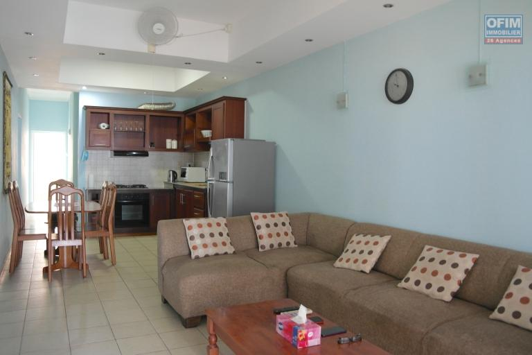 Flic en Flac for rent 3 air-conditioned apartment by the ocean with swimming pool, located in a secure residence.