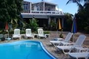 Sale atypical villa F4 with pool and garden in Pointe aux Canonniers.