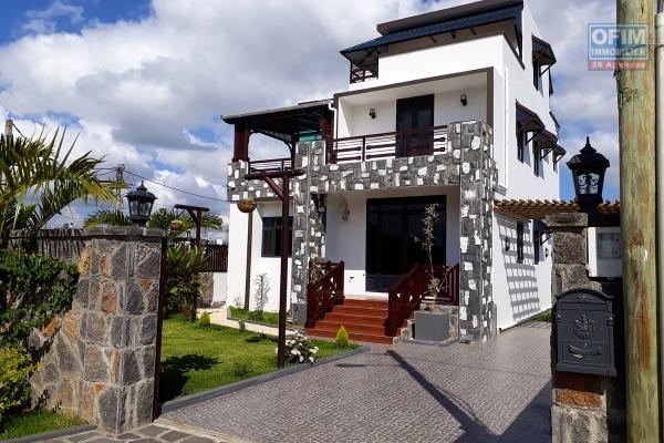 Moka villa for sale villa completely renovated and divided into 2 apartments.