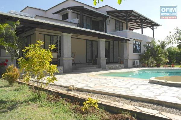 Rivière Noire for rent villa with swimming pool located on a quiet island, a real little corner of paradise for nature lovers.