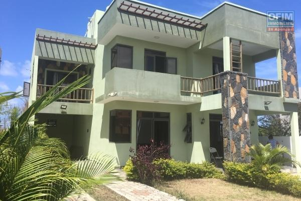 Rent a 4 bedroom villa with pool in Trou aux Biches.