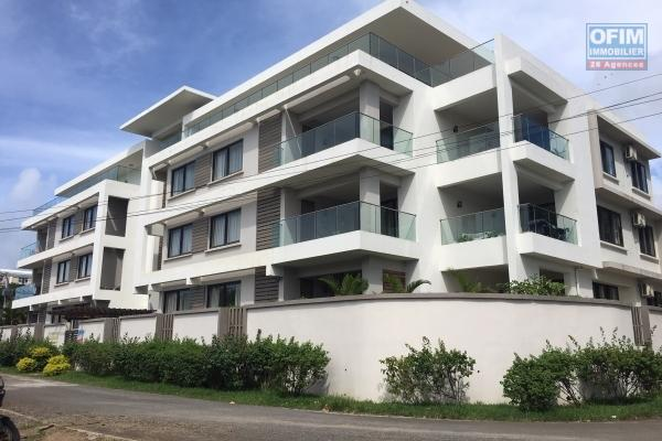 F3 secure apartment for rent in Grand Baie with pool