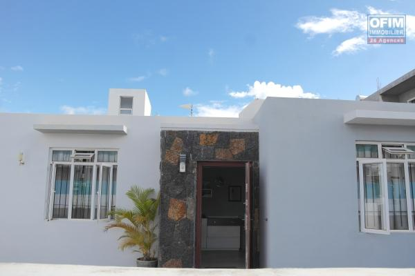 Rent a 4 bedroom house with a large garden in Grand Baie.