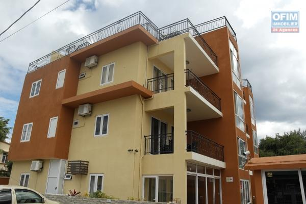 For rent recent 2 bedroom apartment with pool in Flic en Flac