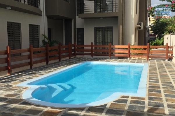 Flic en Flac rental of a 3 bedroom apartment near beach and shops