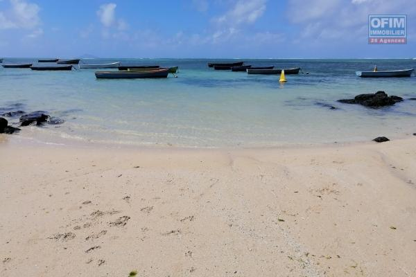 For sale residential land of 867 toises in Grand Gaube, 200 meters from the sea.
