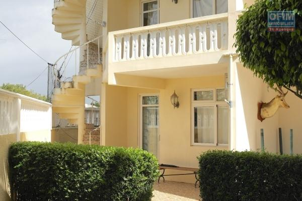 Flic en Flac 4 bedroom apartment rental near shops and beach