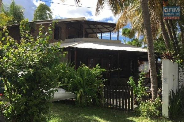 For rent house T5 second line in Trou aux Biches (direct access to the sea).