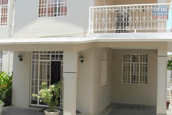 Flic en Flac 3 bedroom duplex villa rental with air conditioning 5 minutes from the beach and quiet shops