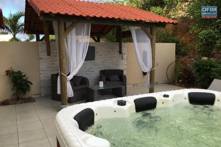 Belle Villa de luxe proche mer et commerces ,accessible aux étrangers ( R.E.S )