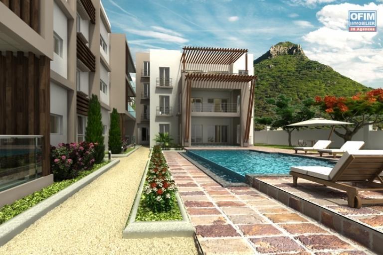 Accessible aux étrangers et aux mauriciens: Exclusivité Tamarin superbe opportunité pour ce projet de 9 appartements situé à Black Rock avec vue imprenable sur la baie de Tamarin au calme à l'île Maurice.