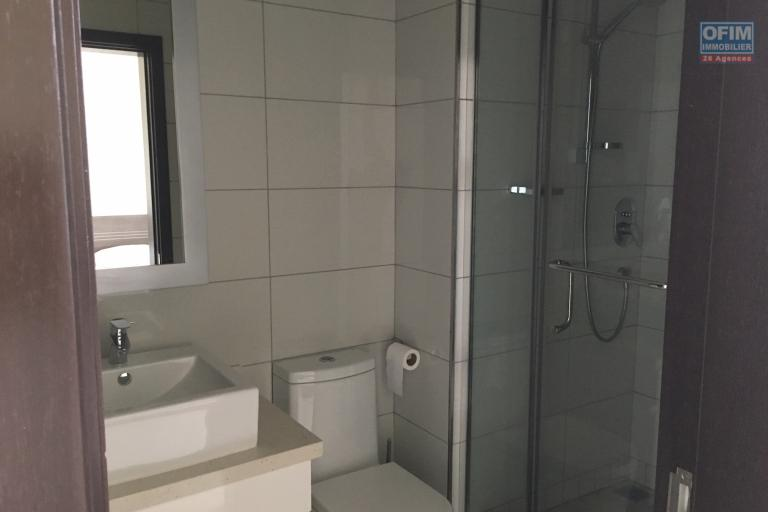 Bel appartement T4 à louer dans résidence de standing avec piscine sur Grand Baie.