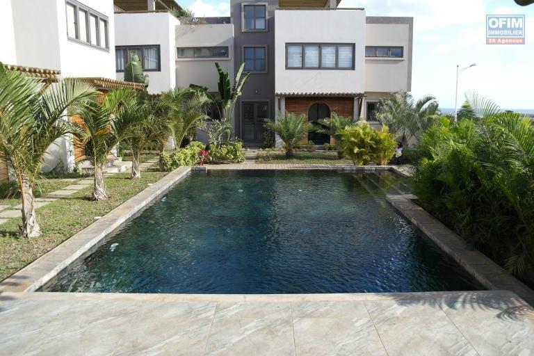 Flic en Flac à vendre  magnifique studio avec piscine dans une résidence sécurisée au calme.