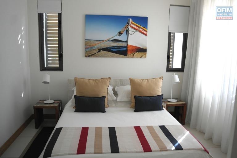 Aussi rare qu'exceptionnelle, appartement luxueux pied dans l'eau à louer long terme à Flic en Flac.