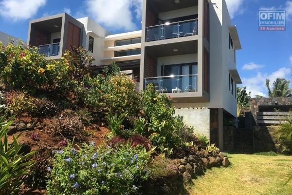 A vendre  une villa de 4 chambres en statut RES éligible aux étrangers  avec  permis de résidence  permanent