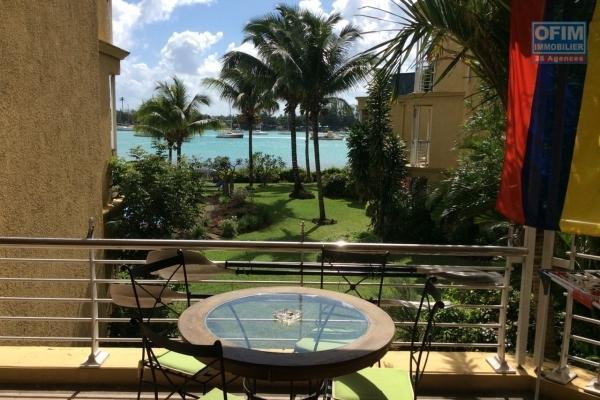 A louer en long terme, 2 appartements de 3 chambres en suites dans un complexe sécurisé avec petite vue mer à Balaclava.