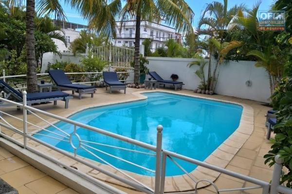 Tamarin à vendre penthouse 3 chambres au bord de l'océan une opportunité rare à ne pas manquer.