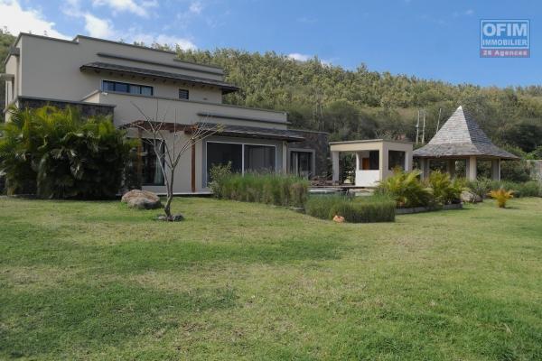 Rivière Noire vente luxueuse villa accessible aux étrangers