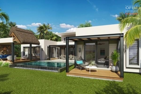 Accessible aux étrangers et aux mauriciens: A vendre une très belle villa récente à 5 minutes de la plage. La villa est éligible à l'achat aux étrangers qui désirent l'occuper ou la mettre en location.