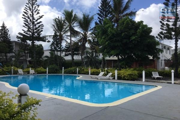 Ofim loue une maison F4 à Pointes aux Canonniers avec piscine dans une résidence