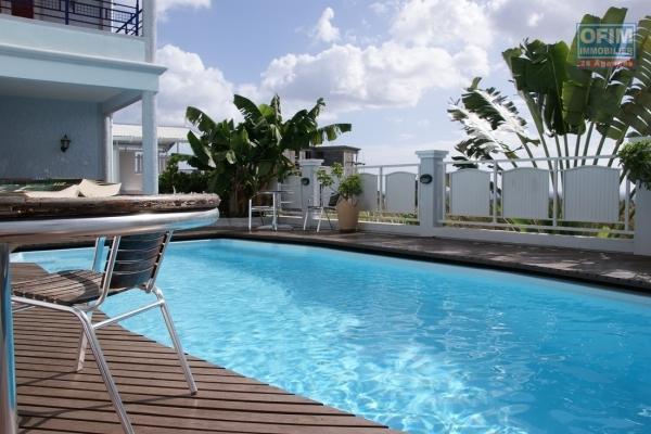 Flic en Flac location appartement 3 chambres de standing avec piscine ascenseur et gardien 24h/24H