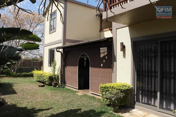 A vendre Flic en flac villa 3 chambres à vendre dans un complexe de standing à 2 minutes de la plage et des commerces