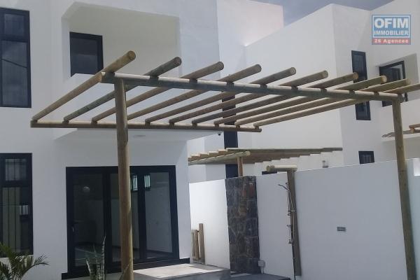 Trou Aux Biches vente projet de 4 ravissantes villas à 300métres de la plage au calme.