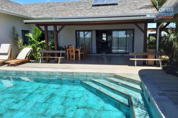 A louer une villa T3/4 avec une piscine privée et un jardin au Clos du Littoral à Grand Baie