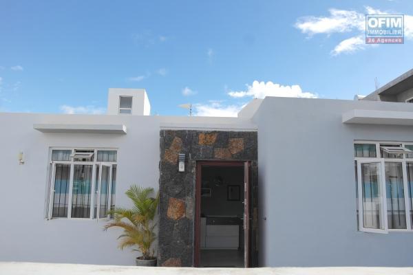Ofim loue une maison F5 à Mont Choisy proche de la plage