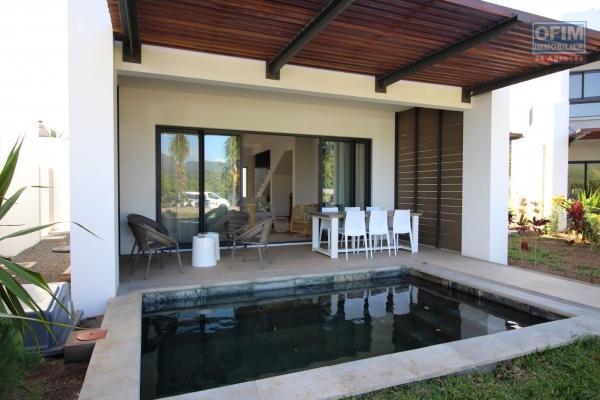 Tamarin à louer charmante villa 4 chambres, piscine et jardin arboré. Située dans un quartier résidentiel au calme.