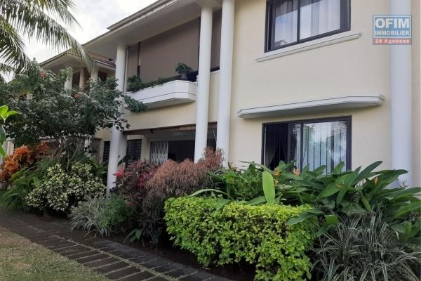Exclusif à Maurice résidence senior dans un appartement de standing situé à Tamarin à deux pas de la plage est des commerces île Maurice