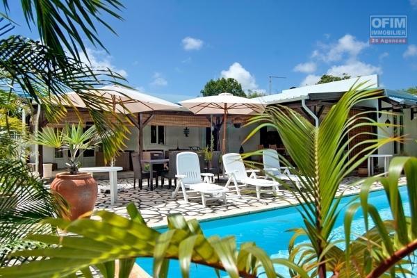 Baisse de prix exceptionnel - Belle villa style provençale de plain pied à vendre à Grand Baie, chemin 20 pieds.