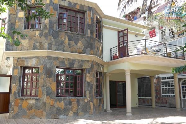 Flic en Flac location d'une villa au rez-de-chaussée,   2 chambres proche plage et commerces dans quartier calme