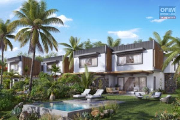 Rivière Noire à vendre villa duplex 3 chambres avec piscine situé dans un cadre verdoyant.