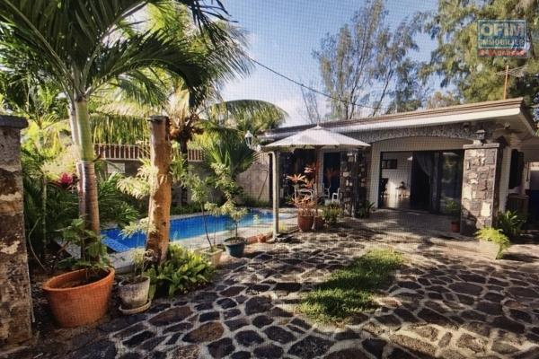 Maison 2 chambres plus piscine en location long terme à Cap Malheureux.