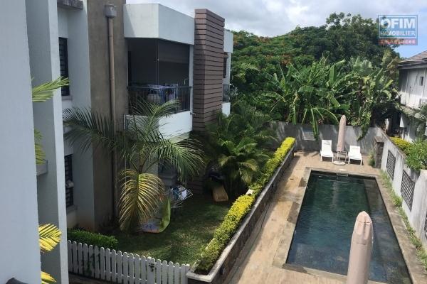Appartement 3 chambres à coucher en vente locale à Pereybère (à coté oasis 2).