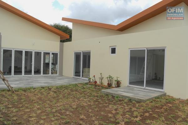 Rivière noire villa neuve en location dans morcellement résidentiel