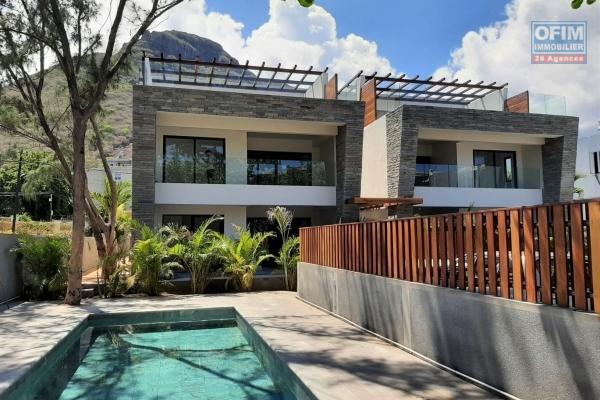 La Mivoie à vendre appartement neuf de 3 chambres dans petite résidence sécurisée avec piscine et centralement située.