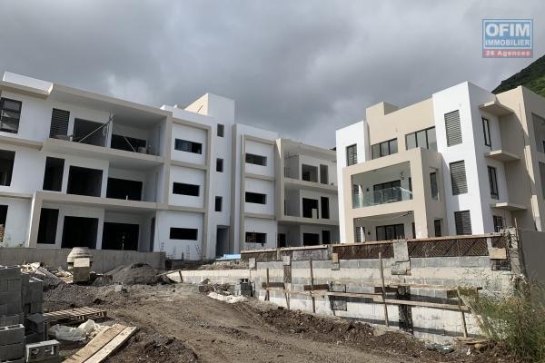 Exclusivité Tamarin superbe opportunité pour ce projet de 9 appartements livrer au dernière trimestre 2021 situé à Black Rock avec vue imprenable sur la baie de Tamarin au calme.