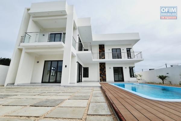 A vendre une villa neuve, destinée uniquement aux mauriciens à Pereybère, chemin 20 pieds.