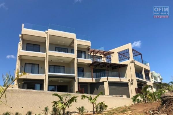 Flic-en-flac à vendre appartement 2 chambres accessibles aux étrangers situé dans une résidence de standing avec vue sur mer exceptionnelle.