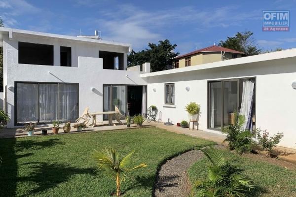 Albion à vendre villa neuve non meublé 4 chambres et un garage situé dans un quartier calme.