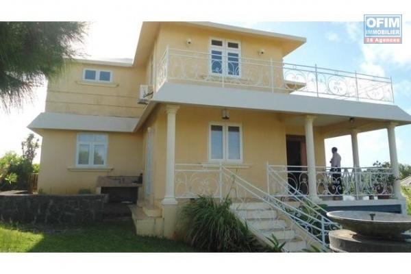 A vendre villa neuve proche de la mer et des commerces à Calodyne.