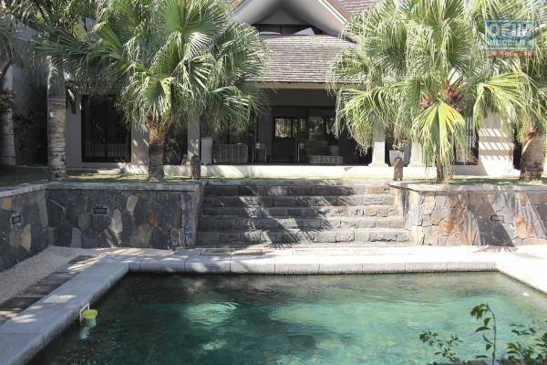 Tamarin location agréable villa à l'ambiance chaleureuse avec piscine dans un quartier calme